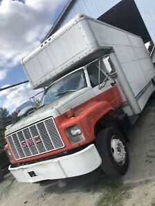1993 GMC 5-ton
