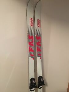 Skis with bindings 180 cm