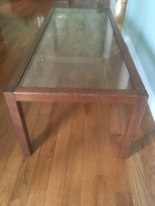 Coffee table with glass top