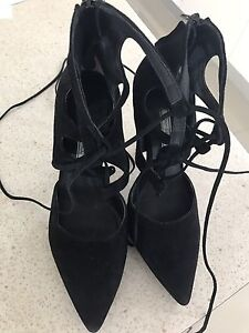 Tony bianco black lace up heels 8 and a half Mermaid Waters Gold Coast City Preview