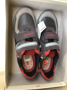 Geox respira boys shoes, size 5,5 us, 38 eu, new