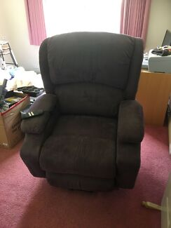Okin Delta Drive Electric lifter recliner