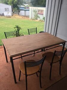 Dining table and 4 chairs South Toowoomba Toowoomba City Preview