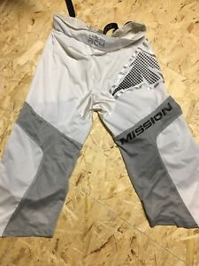 Mission Inline hockey pants
