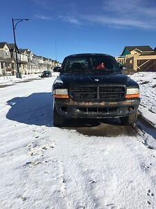 1998 dodge Dakota 5 speed manual with a rebuilt engine 45000k !