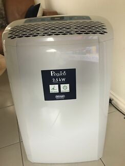 Summer's not over! 1.5yo Delonghi portable air conditioner RRP $599