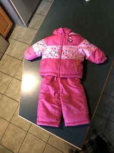 Brand new carters 12m snowsuit