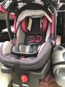 Graco almost new car seat seat! $100