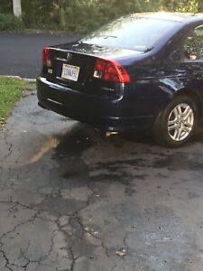 2004 Honda Civic 5speed sedan