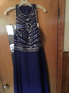 PROM DRESS!!! NEED GONE!!