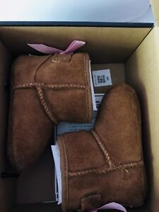 Authentic baby Ugg size2