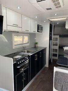 Caravan with triple bunks and combo ensuite , sleeps 5.