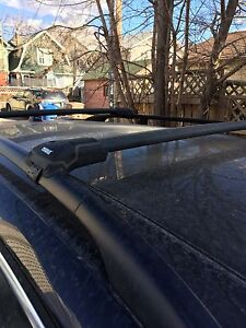 Thule aeroblade edge 7502 and 7501b roof rack