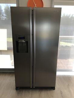 Samsung Side by side 585Ltr fridge/freezer