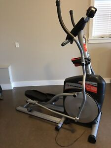 Elliptical Trainer (Schwinn 431)