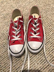 Converse kids size 2