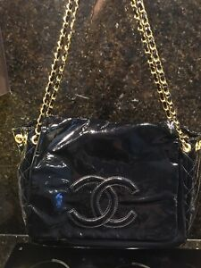 Chanel purse large size