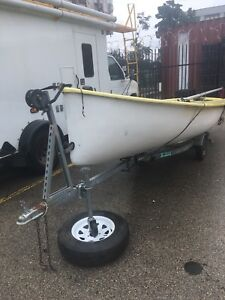 15 foot albacore sail boat and trailer