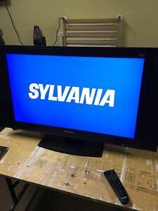 PRIMA LC-32U5 LCD TV 32'' Remote incl.Delivery available.