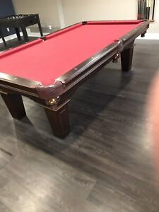 Le baron slate pool table with accessories, awesome table, obo