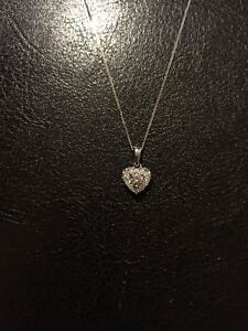 Gorgeous diamond pendant