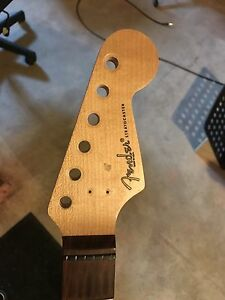 WARMOTH STRAT NECK  PRO