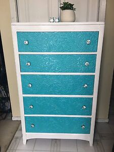 Unique blue & white antique high boy 5 drawer dresser