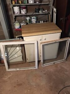 22 Old windows sizes from 27 inch square to 32 inch sqyare
