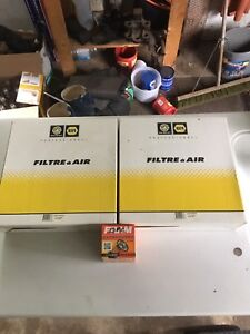 2 Air filters 1 oil filter