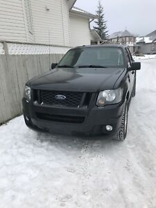 2009 Ford Explorer adrenaline AWD **Fully loaded**