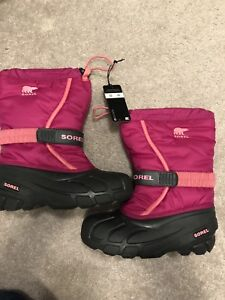 SOREL girls winter BOOTS - Brand new with box and tags!