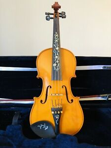 4/4 beautiful violin