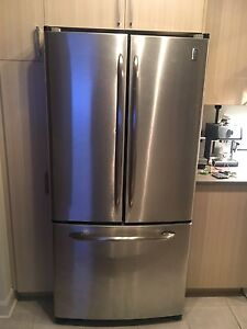 GE stainless fridge