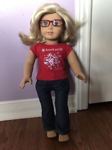 American Girl T-shirt, Jeans and Glasses