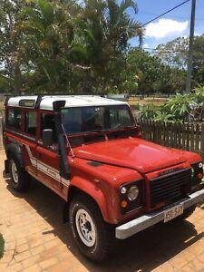 Land Rover county / defender 1985 4 speed v8 $10000.00 East Brisbane Brisbane South East Preview