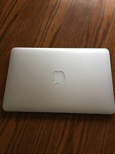 MacBook Air Late 2011 Great Condition