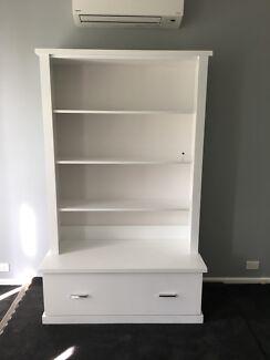 Book case white