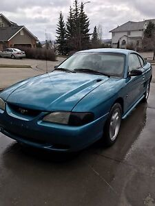 1995 mustang runs and drives perfect sounds great new Pirellis