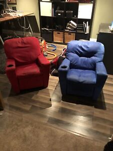 Kids recliners blue and red