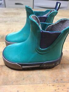 Kamik toddler size 4 rain boots
