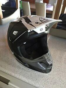 Fox V2 motorbike helmet Ararat Ararat Area Preview