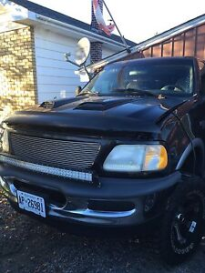 98 F -150 4x4 ....4000obo...ready for the road