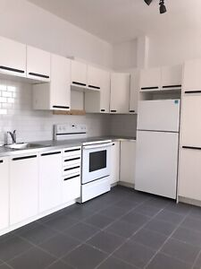 4 1/2 IN MILE END, FULLY RENOVATED