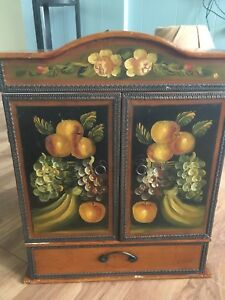 Small wood painted cabinet