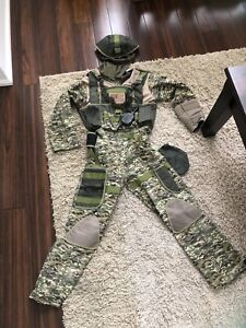Army costume size 7/8