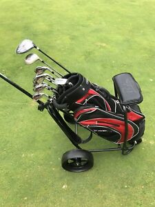 Golf Clubs RH Dunlop Great for Starting out