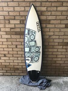 Panda Surfboard with Future Fins