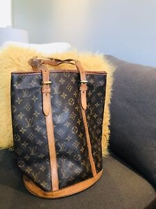 Sac à main Louis Vuitton Bucket Gm