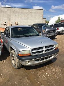 2002 dodge dakota sport 2wd quad cab got TRADE..?