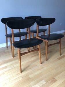 Set of 4 - Teak Mid Century Modern Dining Chairs